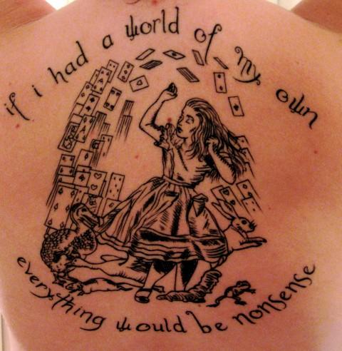 Tatouage Alice au pays des merveilles