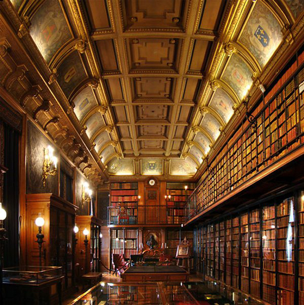 Bibliothèque du Château de Chantilly, France